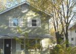 Foreclosed Home in Joliet 60433 IOWA AVE - Property ID: 4070408284