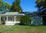 Foreclosed Home in Norwich 06360 JORDAN DR - Property ID: 4070516467