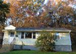 Foreclosed Home in Waterbury 06708 CLYDE AVE - Property ID: 4070556319