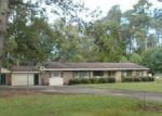 Foreclosed Home in Lake Waccamaw 28450 CENTER DR - Property ID: 4071145396