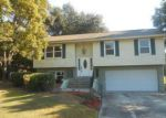 Foreclosed Home in Lakeland 33811 NEWMAN CIR W - Property ID: 4071186569