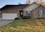 Foreclosed Home in New Albany 47150 LOUISE WAY - Property ID: 4071763375
