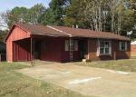 Foreclosed Home in Memphis 38109 LILLIAN CV - Property ID: 4072139152