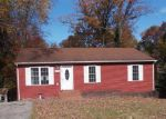 Foreclosed Home in Roanoke 24017 YOUNGWOOD DR NW - Property ID: 4072185594