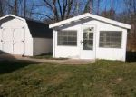 Foreclosed Home in Chardon 44024 OLD STATE RD - Property ID: 4072438743