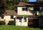 Foreclosed Home in Lakewood 14750 2ND AVE - Property ID: 4072658148