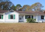 Foreclosed Home in Richlands 28574 DALTON CT - Property ID: 4073705355