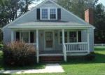 Foreclosed Home in Laurinburg 28352 JOHNS RD - Property ID: 4073726825