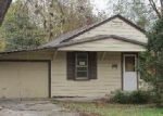 Foreclosed Home in Springfield 65806 S NEWTON AVE - Property ID: 4073902896