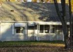 Foreclosed Home in Eastpointe 48021 ALMOND AVE - Property ID: 4073957634