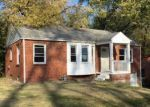 Foreclosed Home in Collinsville 62234 OSAGE DR - Property ID: 4074185821