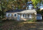 Foreclosed Home in Plainville 06062 HICKORY LN - Property ID: 4074407879