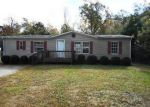 Foreclosed Home in Swansboro 28584 OCEAN SPRAY DR - Property ID: 4074513415