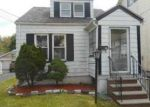Foreclosed Home in Maplewood 7040 VAN NESS TER - Property ID: 4074655322