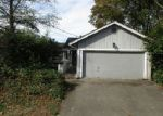 Foreclosed Home in Seattle 98106 14TH AVE SW - Property ID: 4074939118