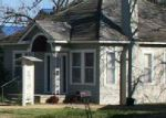Foreclosed Home in Lampasas 76550 W 1ST ST - Property ID: 4074960592