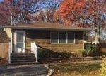 Foreclosed Home in Shirley 11967 GRAND AVE - Property ID: 4075091993