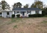Foreclosed Home in Chester 23831 BRADLEY BRIDGE RD - Property ID: 4075890406