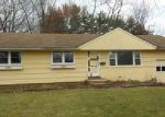 Foreclosed Home in Windsor 06095 CUSTER DR - Property ID: 4076492175