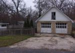 Foreclosed Home in Saint Charles 60174 LAMBERT AVE - Property ID: 4076939802