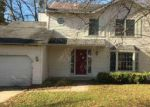 Foreclosed Home in Mchenry 60050 N HUNTINGTON DR - Property ID: 4077005491