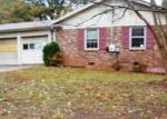 Foreclosed Home in Greenville 29609 STATE PARK RD - Property ID: 4077707566