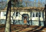 Foreclosed Home in Willington 6279 BURT LATHAM RD - Property ID: 4077954582