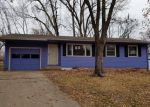 Foreclosed Home in Topeka 66611 SW SUNNYMEDE CT - Property ID: 4078596202