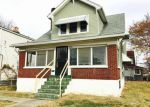 Foreclosed Home in Louisville 40211 VERMONT AVE - Property ID: 4078617678