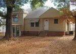 Foreclosed Home in Fort Smith 72904 MACARTHUR DR - Property ID: 4079299599