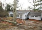 Foreclosed Home in Stamford 06903 SAWMILL RD - Property ID: 4079384567