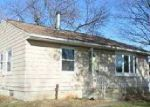 Foreclosed Home in Waterloo 50703 GEORGE DR - Property ID: 4079783109