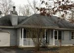 Foreclosed Home in East Stroudsburg 18302 FLAGSTONE LN - Property ID: 4080086192