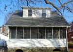 Foreclosed Home in Thomaston 06787 BRANCH RD - Property ID: 4080253504