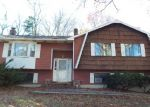 Foreclosed Home in Watertown 06795 MIDDLEBURY RD - Property ID: 4080265328