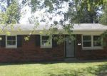 Foreclosed Home in Evansville 47714 RIDGEWAY AVE - Property ID: 4080339791