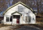 Foreclosed Home in Saint Joseph 64504 SE KING HILL RD - Property ID: 4080403288