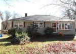 Foreclosed Home in New Haven 06515 FOUNTAIN TER - Property ID: 4080739662