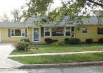 Foreclosed Home in Omaha 68127 Q ST - Property ID: 4080826821