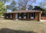 Foreclosed Home in Clarksville 37042 PEGGY DR - Property ID: 4081176763