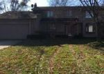 Foreclosed Home in Farmington 48331 CHESTERFIELD CT - Property ID: 4081451364