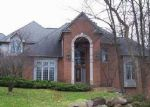 Foreclosed Home in Milford 48380 IVY GLEN DR - Property ID: 4081476770