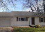 Foreclosed Home in Newton 50208 E 20TH ST S - Property ID: 4081521890