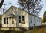 Foreclosed Home in Lincoln 62656 PEORIA ST - Property ID: 4081543338