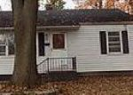 Foreclosed Home in Edwardsville 62025 SHERMAN AVE - Property ID: 4081545982