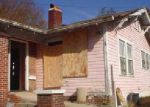 Foreclosed Home in Birmingham 35211 27TH ST SW - Property ID: 4081669924