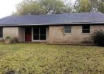 Foreclosed Home in Port Lavaca 77979 FM 2143 - Property ID: 4081931381
