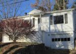 Foreclosed Home in Canton 28716 HOLTZCLAW ST - Property ID: 4082033429
