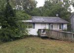 Foreclosed Home in Clementon 08021 CHEWS LANDING RD - Property ID: 4083273331