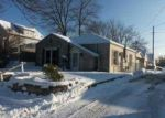 Foreclosed Home in Milwaukee 53214 W DIXON ST - Property ID: 4083734978